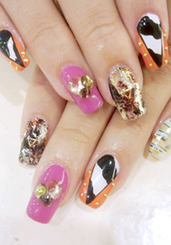 SPICY  animal NAIL
